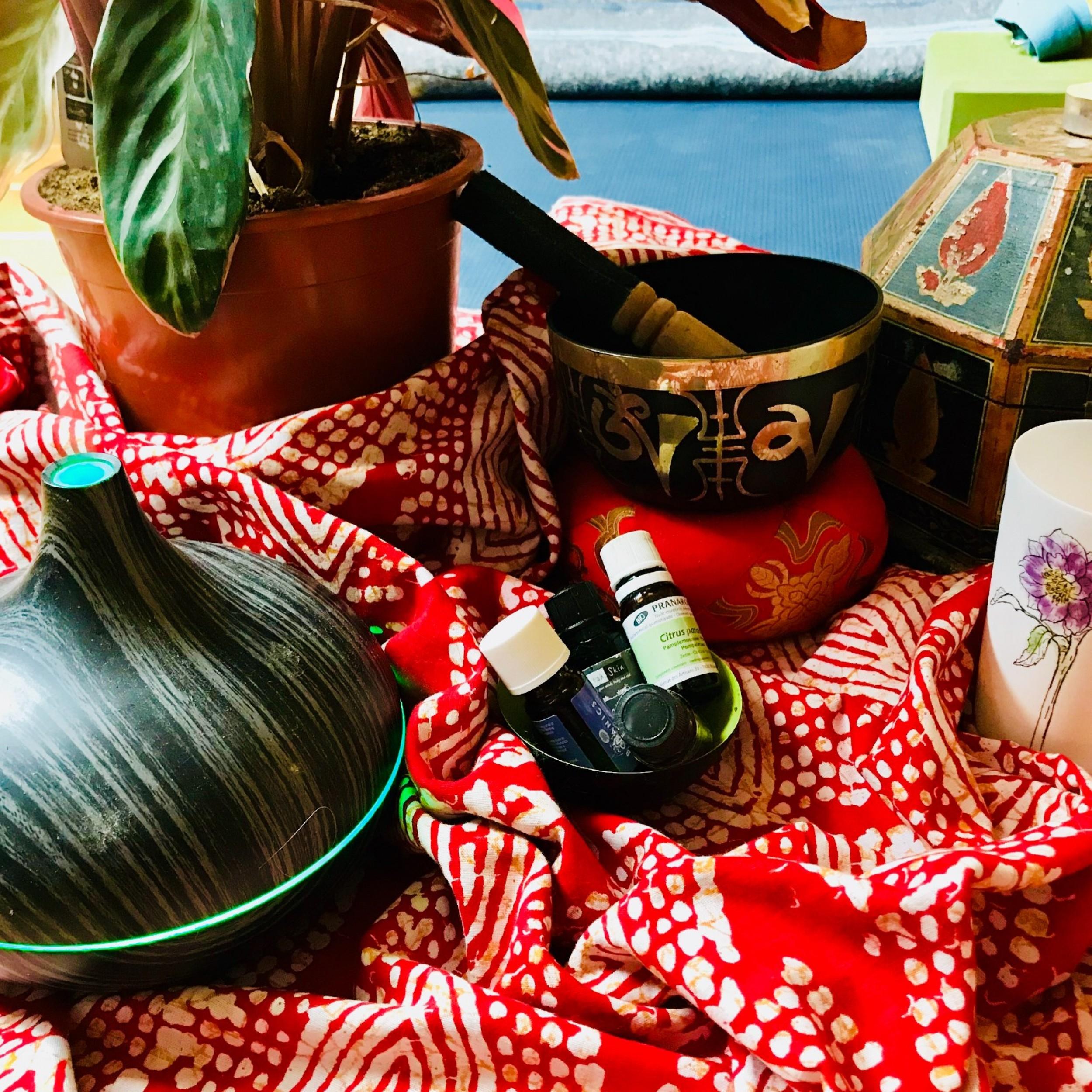 Happy Balance Christmas (meditation, pranayama, yin, Somatics, hormones, water element and Spiral)