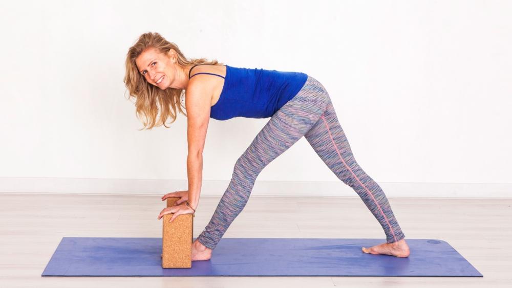 Yoga For Beginners Course Ekhartyoga