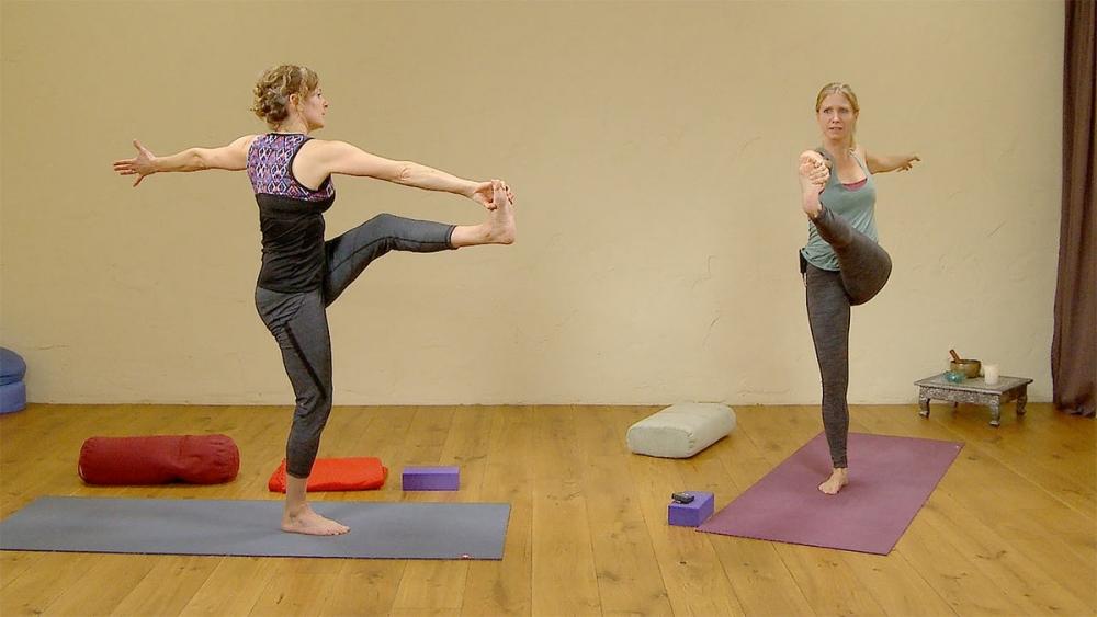 Yin Yang yoga: moving and being | Ekhart Yoga